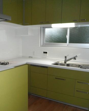 緑色のかわいいキッチン