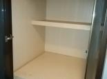収納内部の棚板