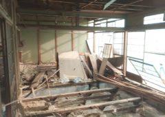 解体途中の和室